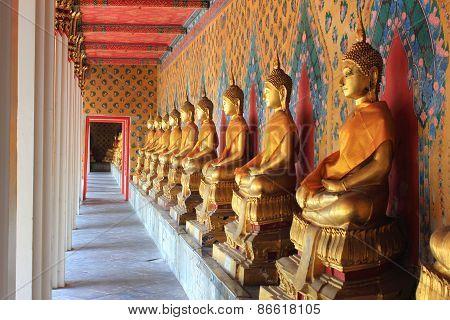 Meditation Buddha Statues In Wat Arun, Thailand
