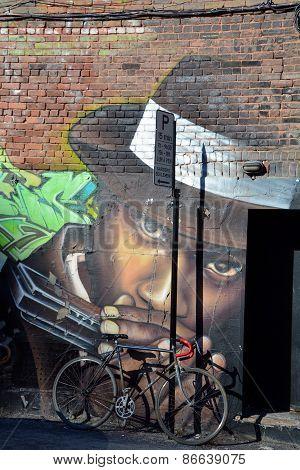 Street art Montreal Rapper