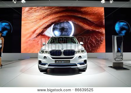 Bangkok - March 26 : Bmw Concept X5 Edrive, Hybrid Suv Vehicle, On Display At 36Th Bangkok Internati