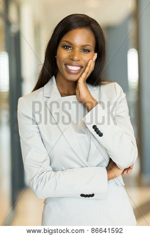 beautiful black business woman looking at the camera