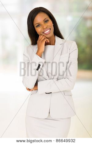 beautiful african business woman looking at the camera