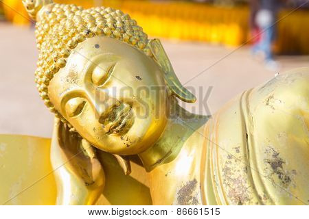 Reclining Golden Buddha Statue