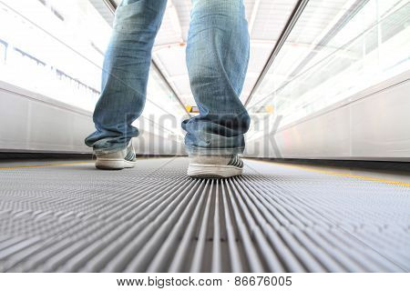 Walking on Escalators Moving way