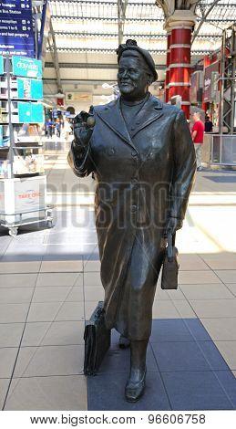 Bessie Braddock Statue, Liverpool.