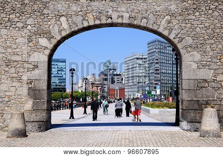 Arch at Salthouse Dock, Liverpool.