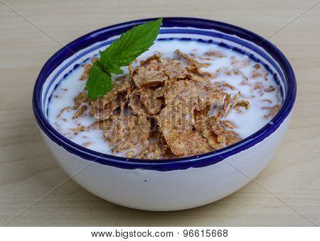 Cornfalkes Breakfast