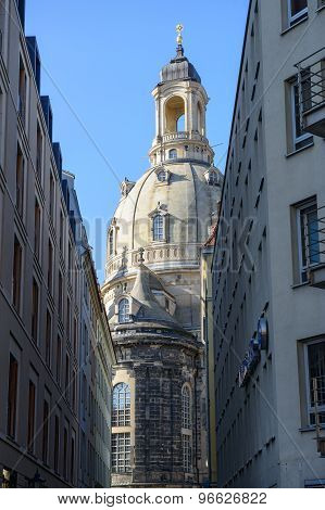View Through Salz Alley Towards Frauenkirche In Dresden, Germany.