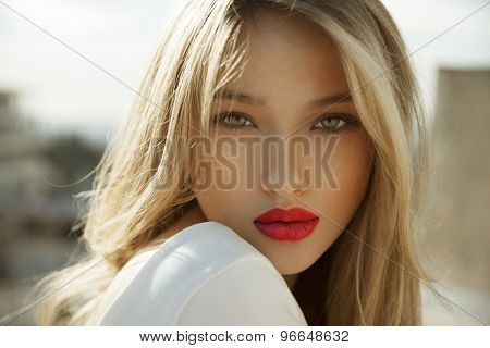 blonde beauty with red lipstick