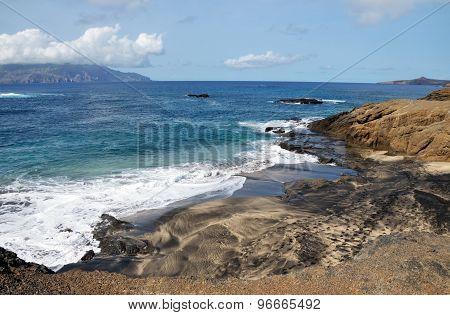 Islet To Island