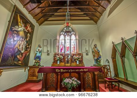 St Johns Church altar