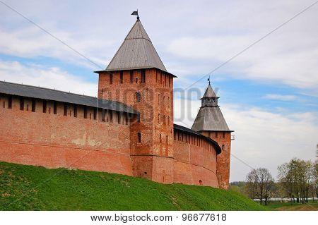 Kremlin tower, Veikiy Novgorod, Russia