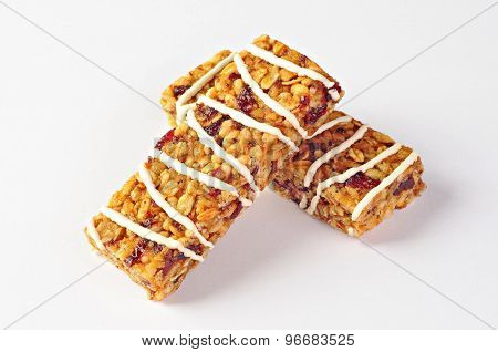 Cereal Bars With Wheat, Cranberries And Yogurt