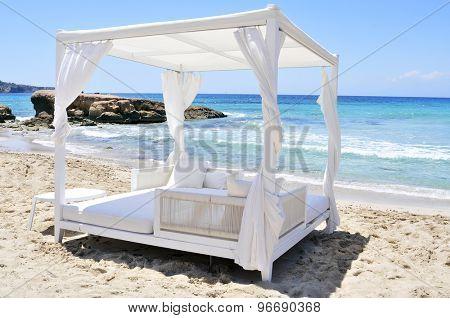 Sands Beach Club Ibiza White Sand Beach in Ibiza