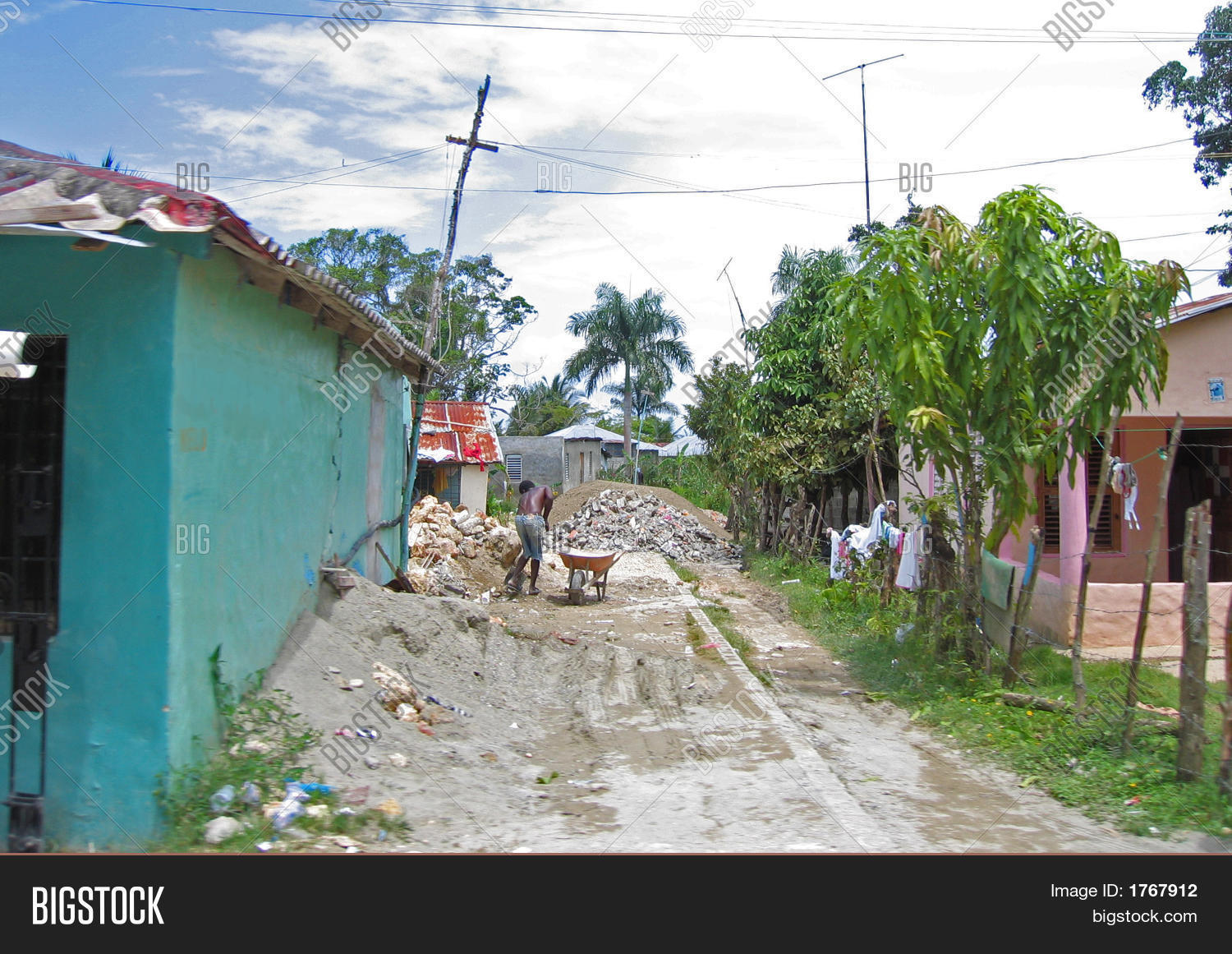 poverty in the dominican republic and in mexico history essay Our programs are fighting to break the cycle of poverty for kids in dominican republic find out how you can help these children.
