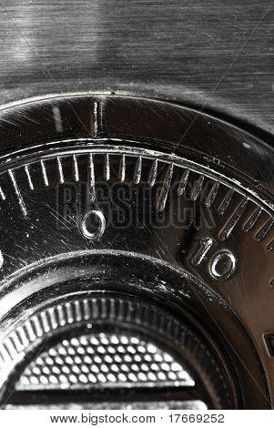 plate safe lock combination