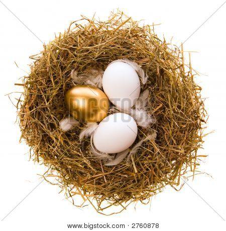 Huevo de oro para vacaciones de semana Santa