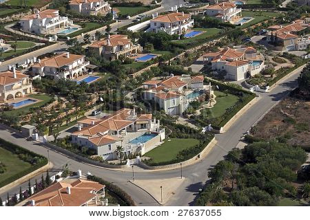 Houses with swimmingpool in the Algarve in Portugal