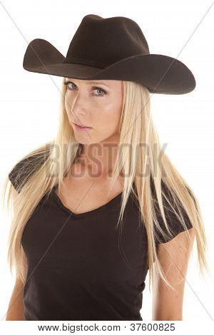 Cowgirl In Black Look