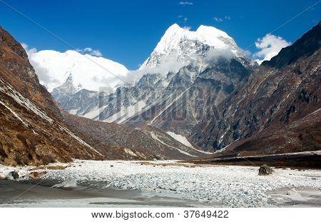 langshisa ri - langtang himal - nepal