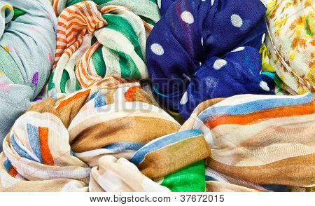 The Colorful Scarves