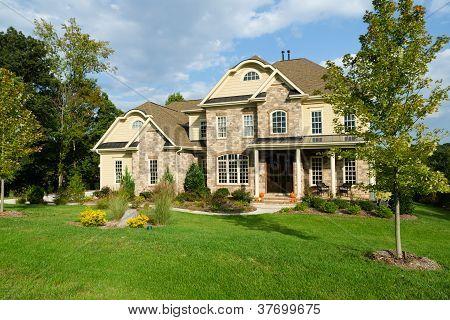 Luxuosa casa suburbana