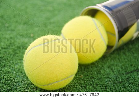 Racket Sport Tube And Balls