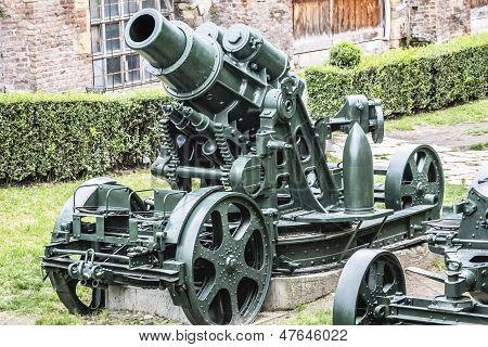 Arma de cerco do WWI pesado 305 milímetros Howitzer