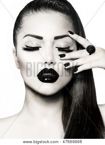 Beauty Fashion Model Girl with Long Healthy Hair, Long Lushes. Fashion Trendy Caviar Black Manicure. Nail Art.  Black and White Portrait