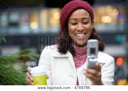 Business-Frau in der Stadt
