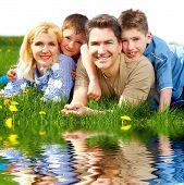 foto of family vacations  - Happy family - JPG
