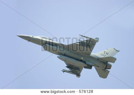 F16 Im Flug