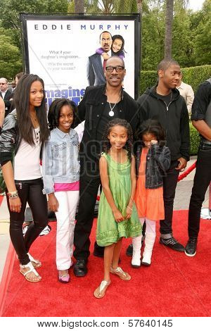Eddie Murphy with Yara Shahidi and Family  at the Los Angeles Premiere of 'Imagine That'. Paramount Pictures, Hollywood, CA. 06-06-09