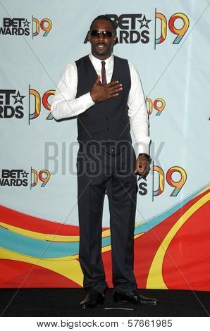 Idris Alba  in the press room at the 2009 BET Awards. Shrine Auditorium, Los Angeles, CA. 06-28-09