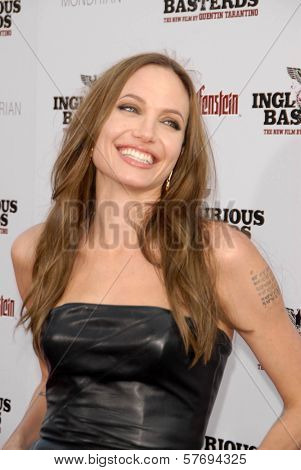 Angelina Jolie at the Los Angeles Premiere of 'Inglourious Basterds'. Grauman's Chinese Theatre, Hollywood, CA. 08-10-09