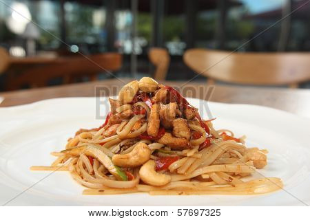 Pasta With Almonds