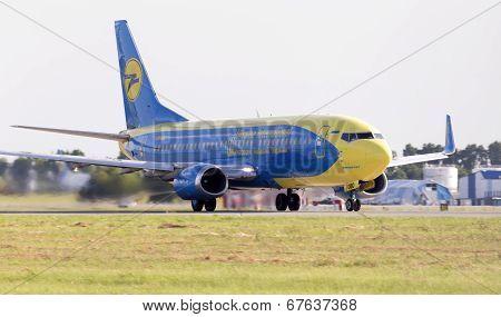 737飞机翅膀在第几排