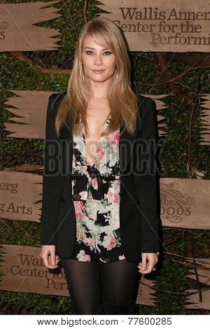 LOS ANGELES - DEC 3:  Kim Matula at the Opening night of Oregon Shakespeare Festival