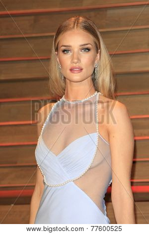 LOS ANGELES - MAR 2:  Rosie Huntington-Whiteley at the 2014 Vanity Fair Oscar Party at the Sunset Boulevard on March 2, 2014 in West Hollywood, CA