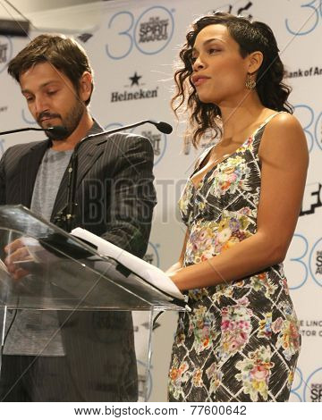 LOS ANGELES - NOV 25:  Diego Luna, Rosario Dawson at the Film Independent Spirit Award Nominations at the W Hotel Hollywood on November 25, 2014 in Los Angeles, CA