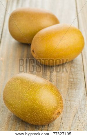 Three Whole Golden Kiwifruit/ Kiwi