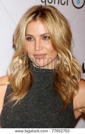 LOS ANGELES - DEC 5:  Willa Ford at the 6th Annual Night Of Generosity at the Beverly Wilshire Hotel on December 5, 2014 in Beverly Hills, CA