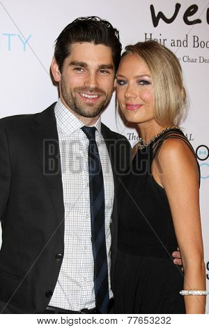LOS ANGELES - DEC 5:  Justin Gaston, Melissa Ordway at the 6th Annual Night Of Generosity at the Beverly Wilshire Hotel on December 5, 2014 in Beverly Hills, CA