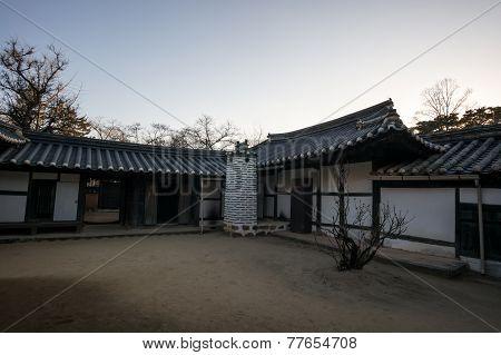 Yi Gwangno House