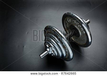Old dumbbells weight