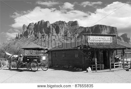 Wild West Cowbot Town