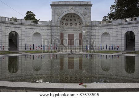 Arlington National Cemetery Fountain