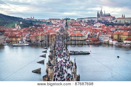The view over the Charles bridge Mala Strana and the castle