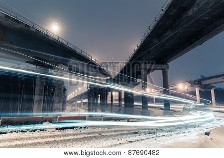 transport metropolis, traffic and blurry lights