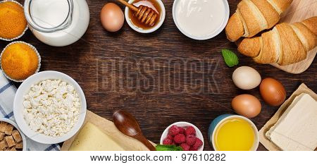 Healthy breakfast with natural dairy products