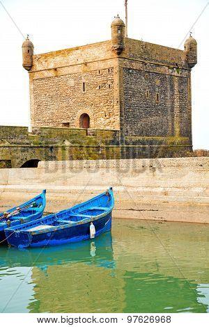 Boat And Sea In  Brick  Sky